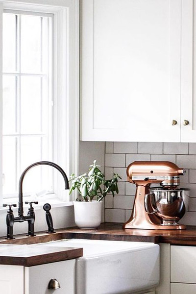 wood copper kitchen accent design | Design Trends: Copper Accents & Cork Walls