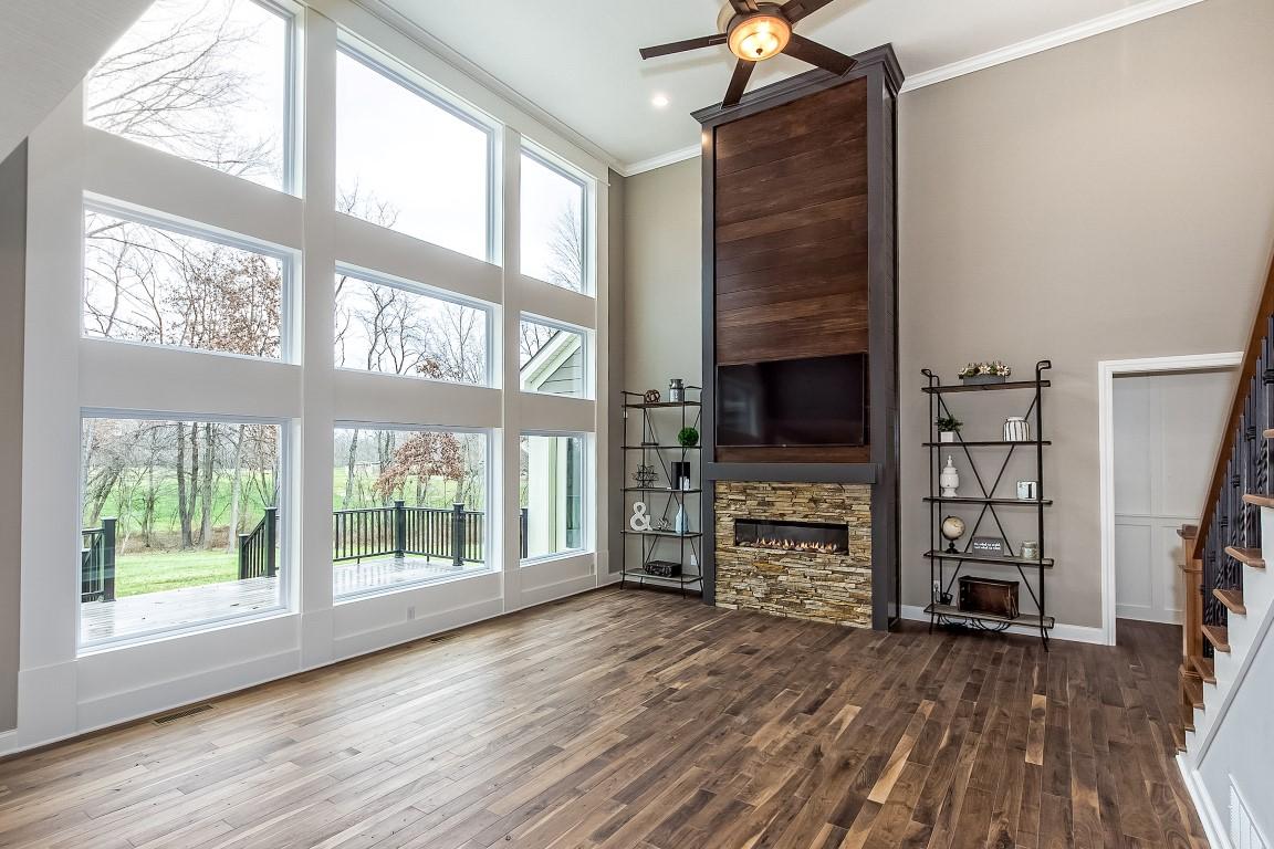 luxury custom home builders